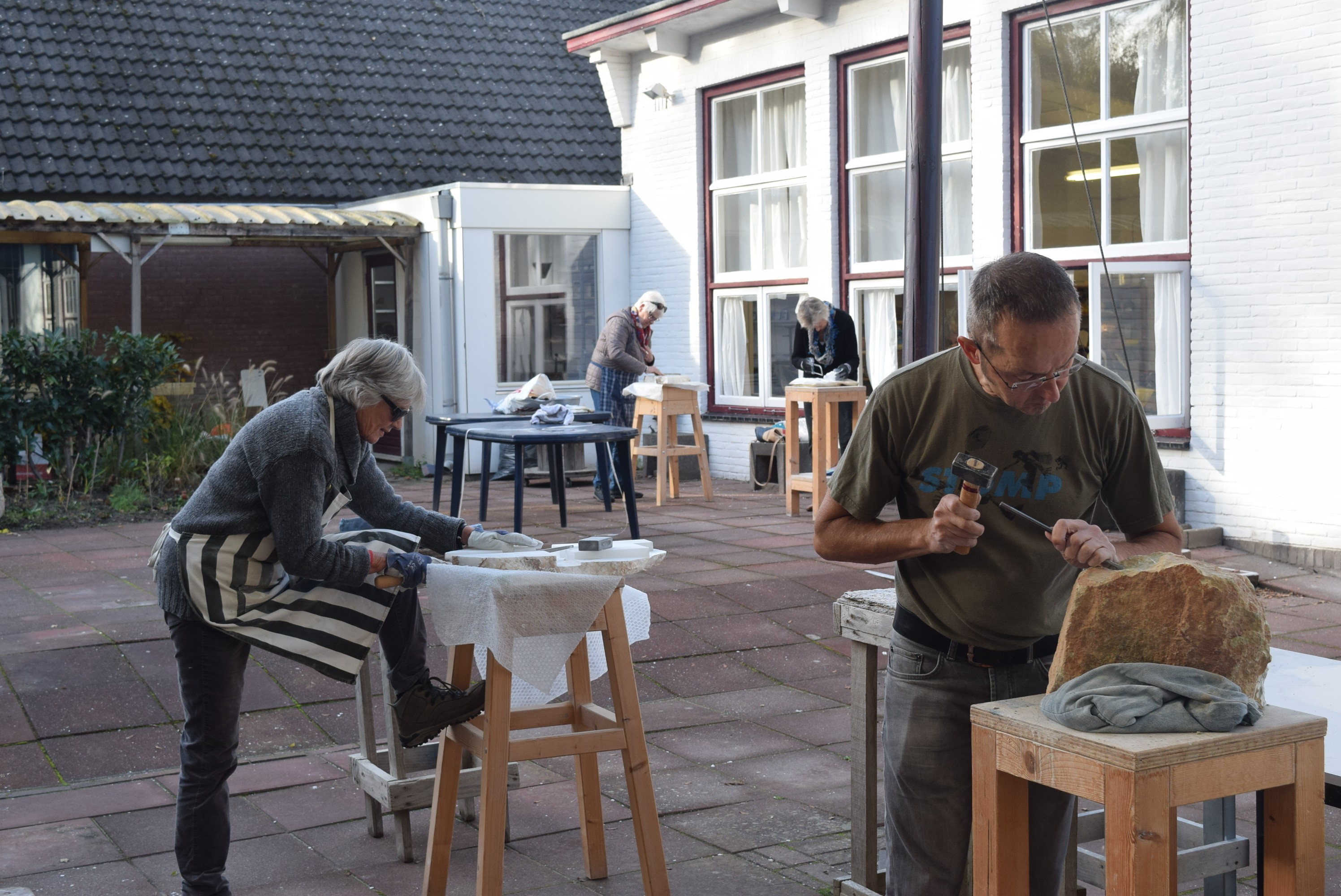 Anjeliek Workshop beeldhouwen in steen KWA